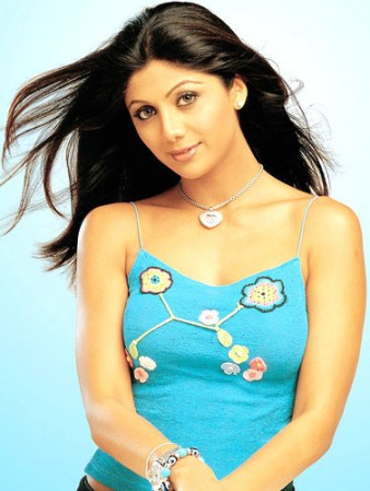 Shilpa Sheety Ki Nangi Images | MovieTorrentz.Net